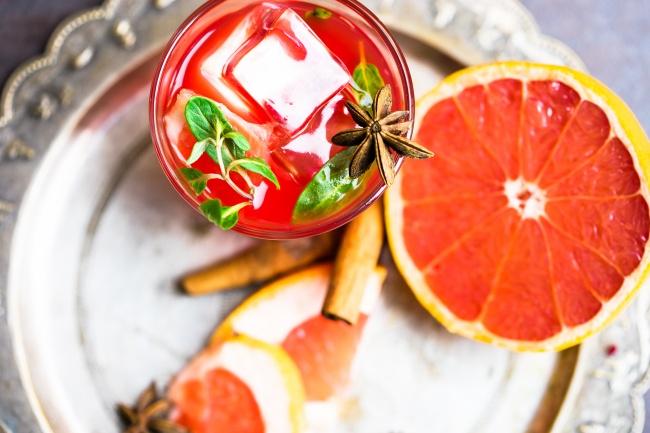 napój grejpfrutowo-cynamonowy